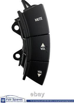 Nos Holden Vz Commodore Calais Volant Radio Controls Black Paddle Shift